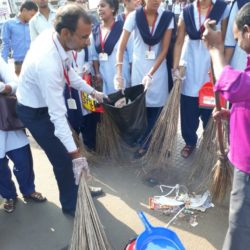 Swachhta Abhiyan at Dhanbad Station (14)