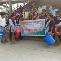 Swachhta Abhiyan at Dhanbad Station (2)